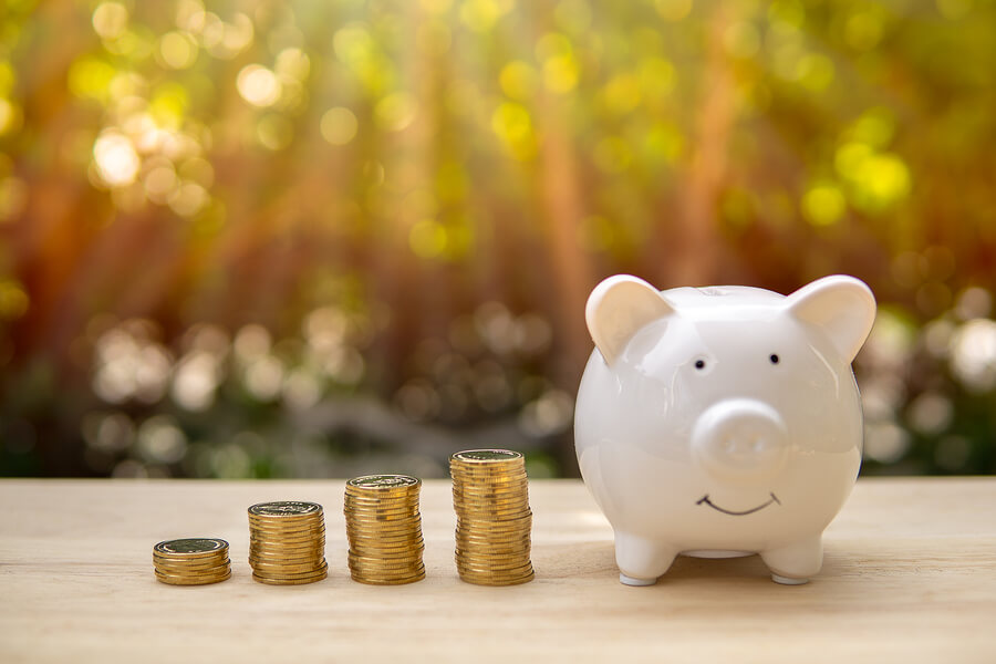 difference between compound interest and simple interest
